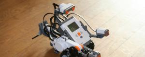 Photographe d'un robot fabriqué en Lego